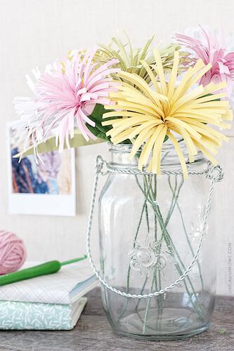 DIY Paper Spider Mums byLive Laugh Rowe