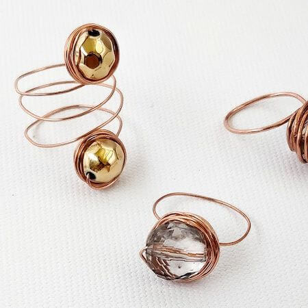 DIY Wire Rings by Craftsy Hacks
