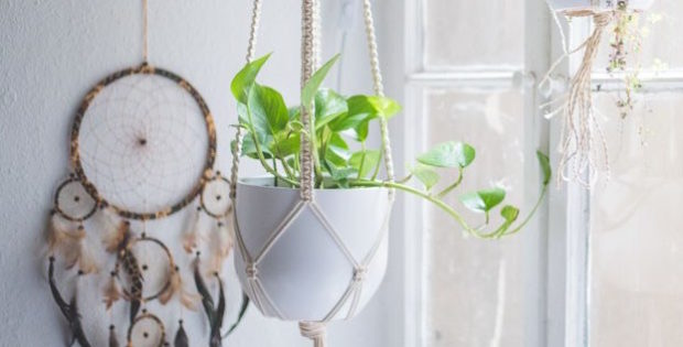 Easy Home-DIY- Macrame Plant Hanger Tutorial 1