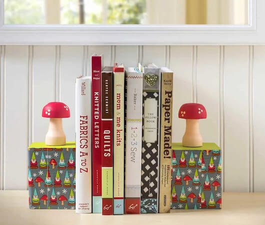 DIY Gnome Bookends by DIY Candy