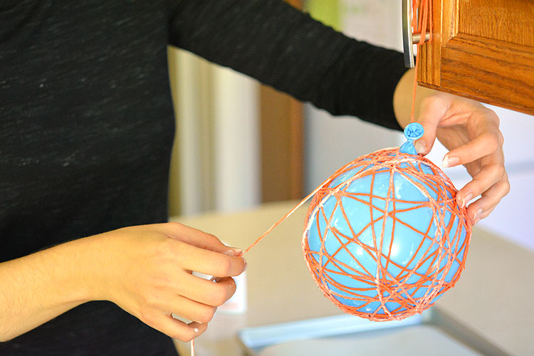 How To Make A Decorative Halloween Pumpkin Yarn Ball
