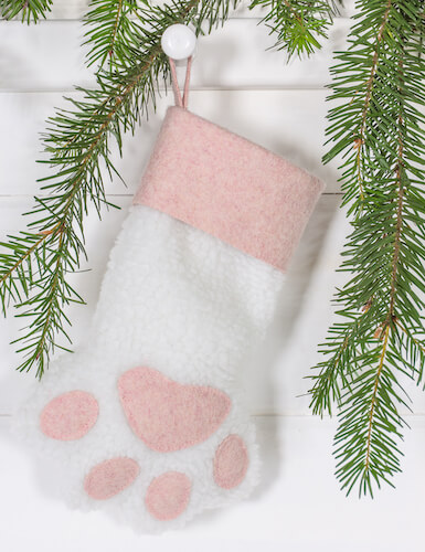 Pet Christmas Stocking Sewing Pattern by Curbly