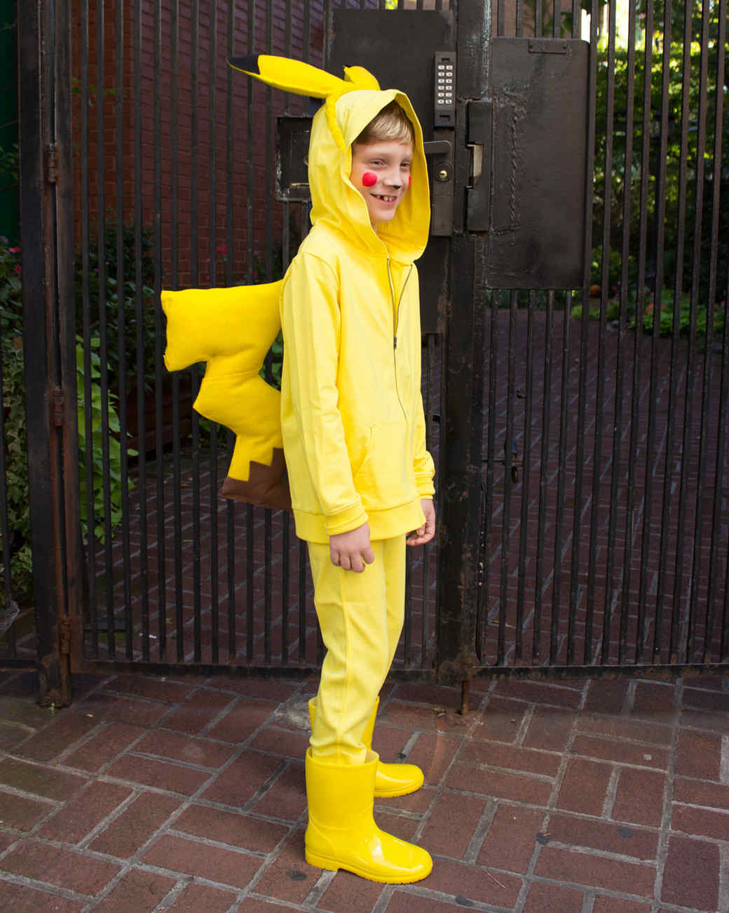 how to make a pikachu tail costume how to make a tail for a costume