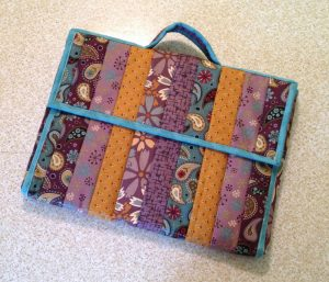 easy diy Quilted Laptop Bag Pattern