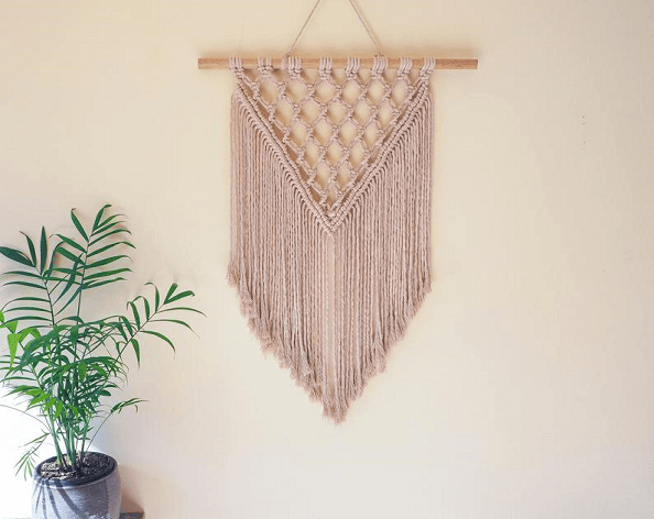 Macrame Wall Hanging Pattern by LB Art and Design