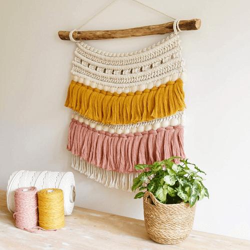 Macrame Wall Hanging Pattern by Tamar Things