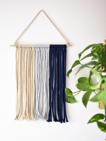 Macrame Wall Hanging Pattern by Darling Magazine