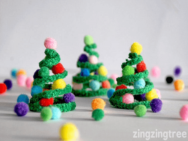 Pipe Cleaner Christmas Trees by Blue Bear Wood