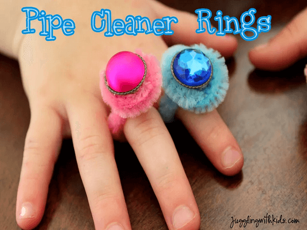 Pipe Cleaner Rings by Juggling With Kids