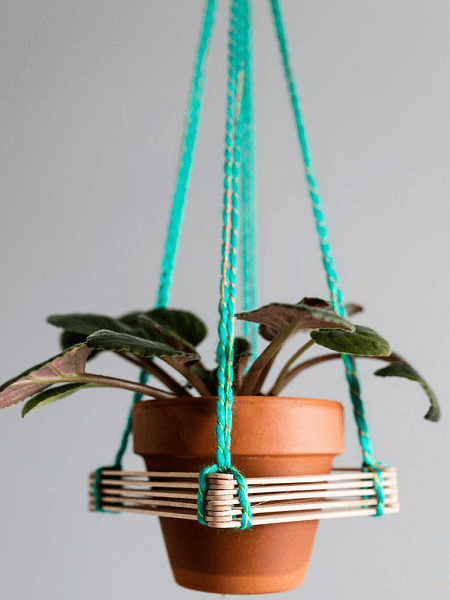 Popsicle Stick Plant Hanger by Momaha