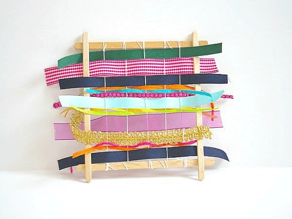 Popsicle Stick Weaving Looms by Buggy And Buddy