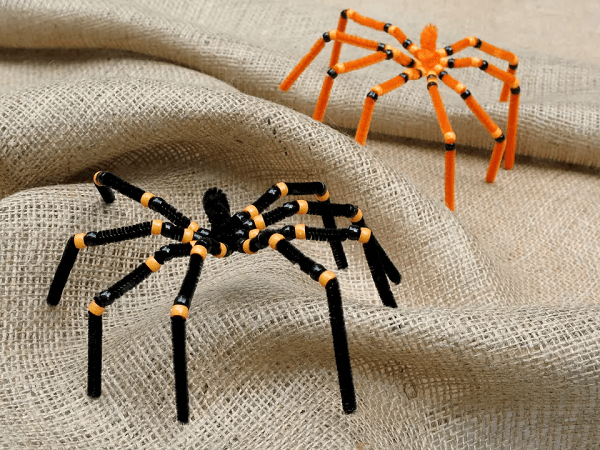 Spider Pipe Cleaner Craft by Preschool Crafts for Kids