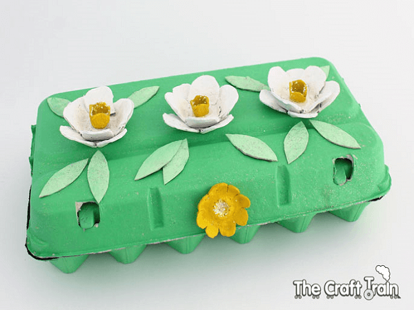 Egg Carton Jewelry Box by The Craft Train