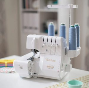 what is a serger machine