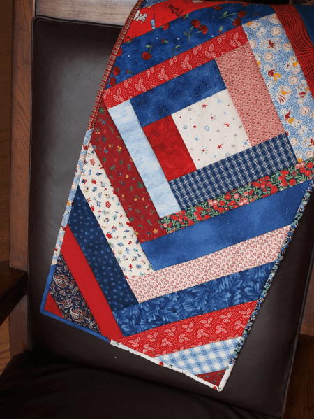 Easy Quilted Table Runner Pattern by Felt Magnet