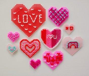 Valentine's Plastic Canvas Hearts Pattern by Apricot Polkadot