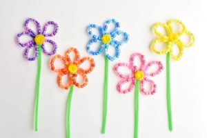 BEADED FLOWER PIPE CLEANER TUTORIAL BY ONE LITTLE PROJECT