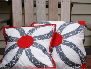 Double Wedding Ring Quilt Pillow by Quiltsmart