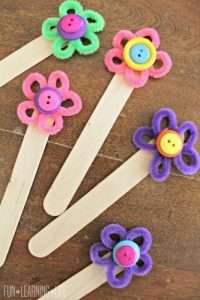 PIPE CLEANER FLOWERS BOOKMARKS BY FUN LEARNING LIFE