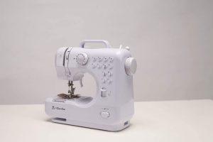 Benefits of Mini Sewing Machines