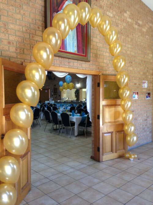 String of Pearls Balloon Arches