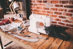 Type of sewing machine