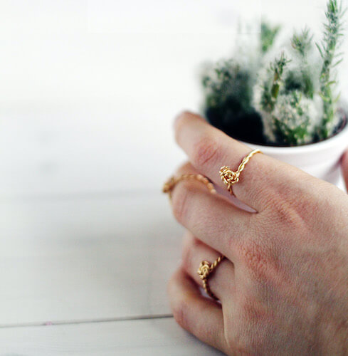DIY Twist & Knot Wire Rings by Fall For DIY