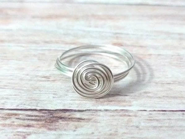 Super Quick Wire Spiral Ring by Cut Out And Keep