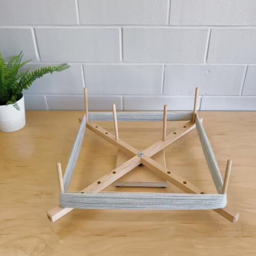 Medium Yarn Swift Adjustable Skein winder