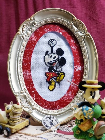 Mickey Mouse Cross Stitch Pattern for Kids from The Disney Experience