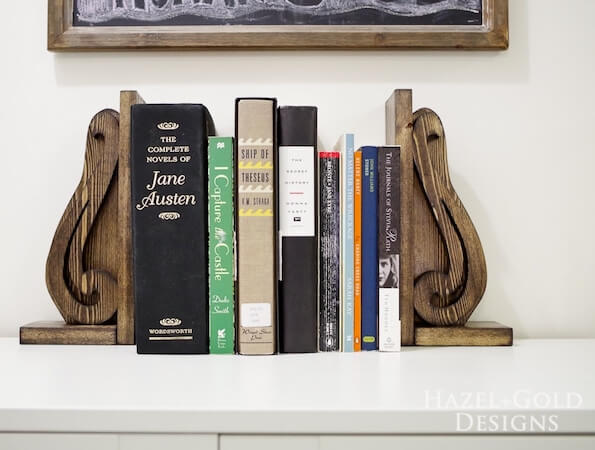 DIY Decorative Wooden Bookends by Jen Woodhouse