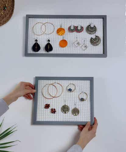DIY Earring Organizer Out Of Frames by Craftsy Hacks