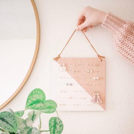 DIY Modern And Minimalist Hanging Earring Holder by Mikyla Creates