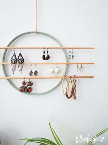 DIY Wall Earring Holder by Ohoh Deco