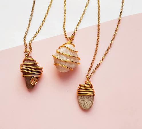 How To Wire Wrap Stones by The Craftaholic Witch