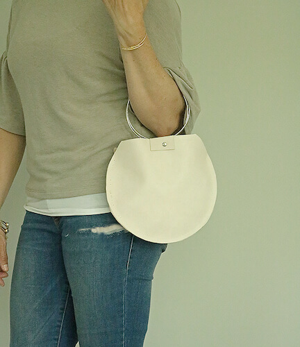 Round Leather Bag Pattern by Darling Darleen