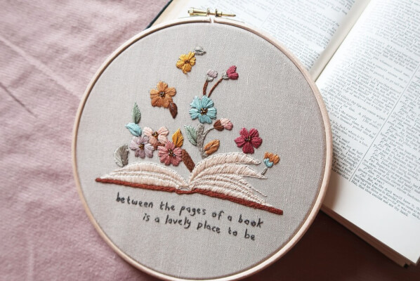 Open Book Hand Embroidery Pattern by broderiebloom