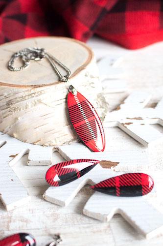 DIY Resin Earrings by Sustain My Craft Habit
