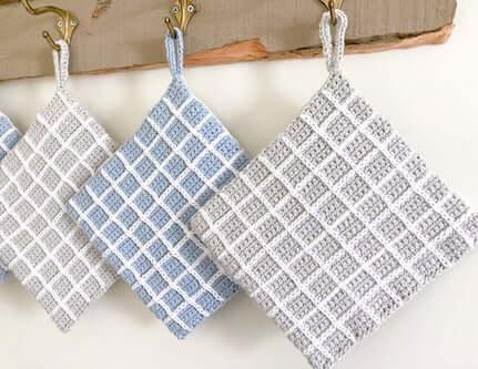 Easy Crochet Plaid Potholders Pattern by Stitchberry Patterns