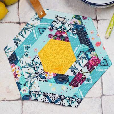 Hexie Potholder Pattern by The Sewing Directory