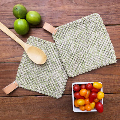 Perfect Pot Holder Knitting Pattern by Elise Made