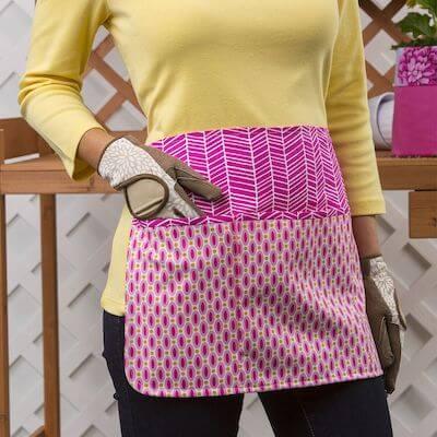 Pick-A-Pocket Apron Sewing Pattern by Yarnspirations