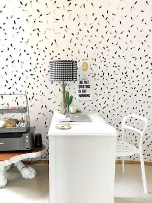 Brushstroke Painted Wall by Delineate Your Dwelling