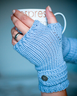 Fable Mitts Free Knitting Pattern by Crafty Little Sew N' Sew