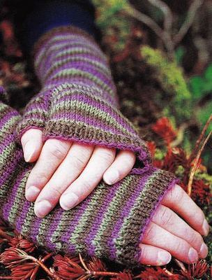 Fingerless Gloves Free Knitting Pattern by Craft Foxes