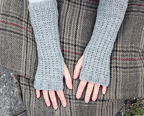 Fraser's Ridge Fingerless Mittens Pattern by Handy Little Me