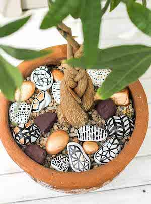 Hand Painted Rocks by Make & Do Crew
