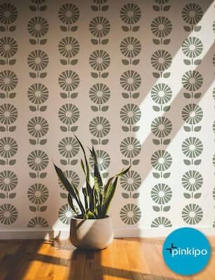 Sunflower Wall Stencil by Pinkipo Design