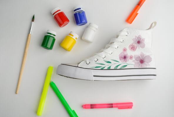 Flower design shoe painting