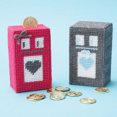 Plastic Canvas Robot Coin Bank Pattern by Yarnspirations